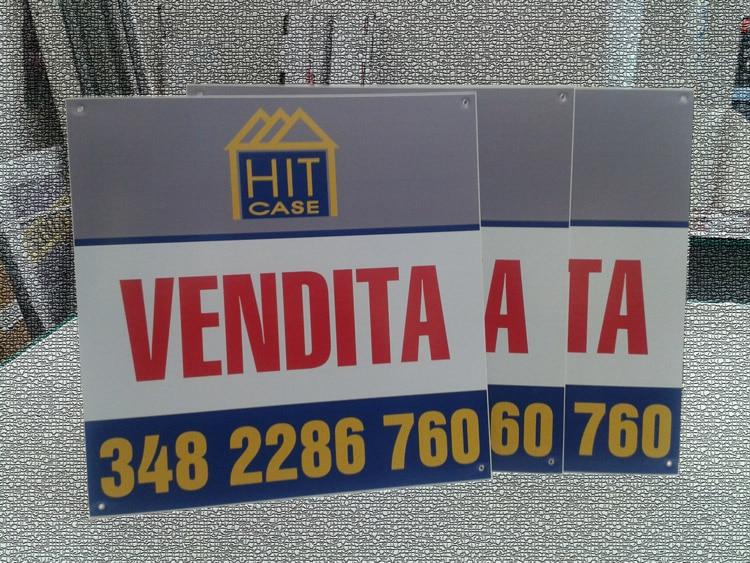 cartelli pubblicitari immobiliare hit case